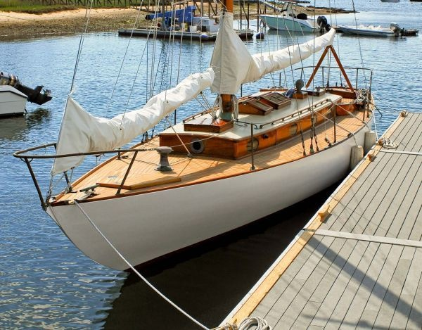 1929 43' wooden sailboat. gorgeous
