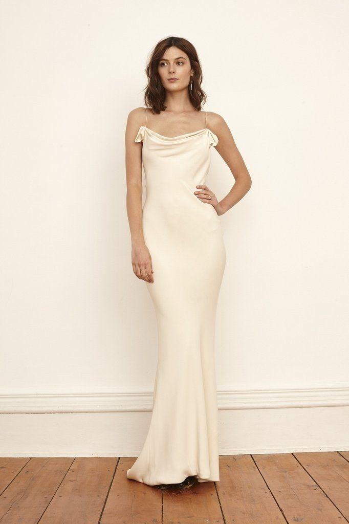 Best 25 minimalist wedding dresses ideas on pinterest for Consignment wedding dresses bay area