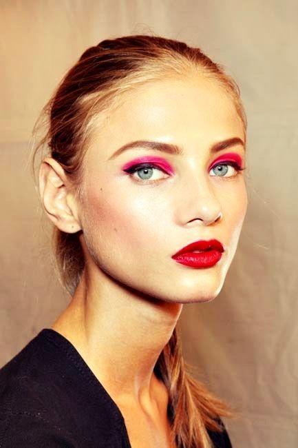 bright pink eyeshadow bright red lips