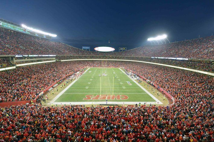 What's the best home game on the Kansas City Chiefs schedule? - Arrowhead Pride