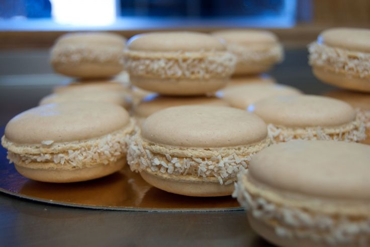 Dulce de Leche macarons! | Utterly unique and delicious recipes from ...