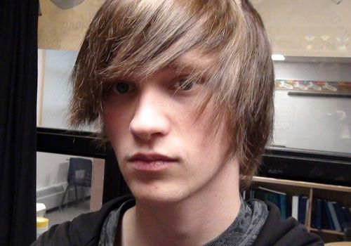 49 Best Images About Emo Hairstyles For Guys On Pinterest