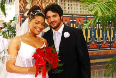 brazilian man black woman couple   Gislaine Caó (Juliana Alves) and Zidane (Guilherme Duarte)
