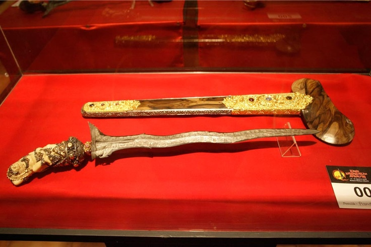 UNESCO has fortified Indonesian keris (a wavy-bladed ceremonial dagger), including Balinese keris, as a masterpiece of cultural heritage that belongs to the world, that must be preserved (Oral and Intangible Heritage of Humanity).Bali keris.