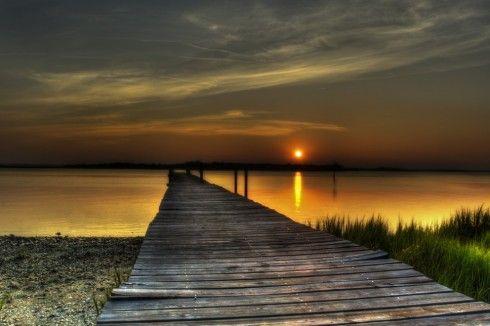 http://islandsunriseandsunsets.com/sunset-dock/