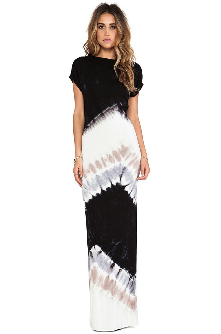 Tie dye maxi... surprisingly sophisticated, although I'd prefer less of a plunge in the back.