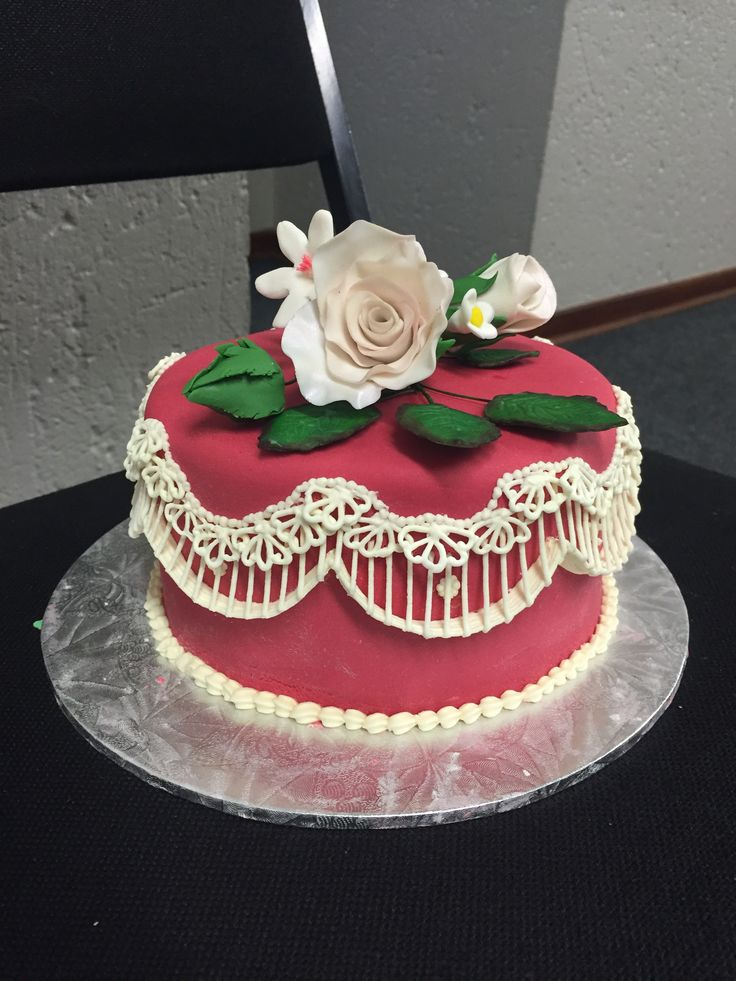 Floral spear + royal icing techniques on dummy cake!