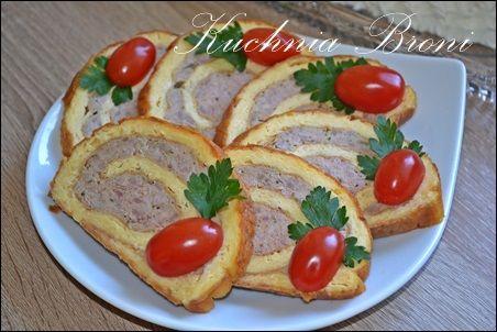 Rolada jajeczna z mięsem mielonym