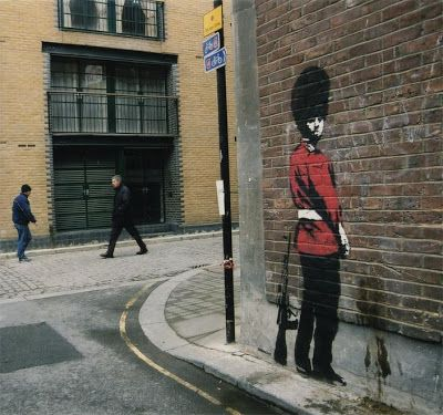 LoupDargent.info: History of Banksy Graffiti Art [Infographic]