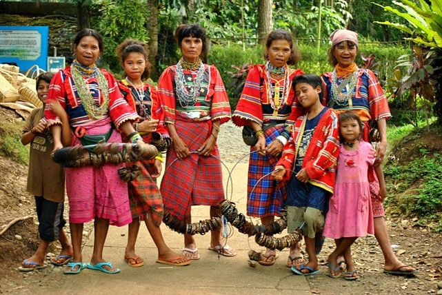 ethnic groups in the philippines The ati are the first people to call panay island home they are genetically related to other negrito ethnic groups in the philippines such as the aeta of luzon, the batak of palawan, the agta of the sierra madres and the mamanwa of mindanao.