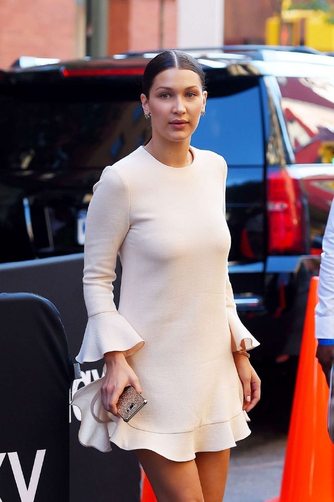 Bella Hadid – Out and about in NYC : Global Celebrtities (F) FunFunky.com