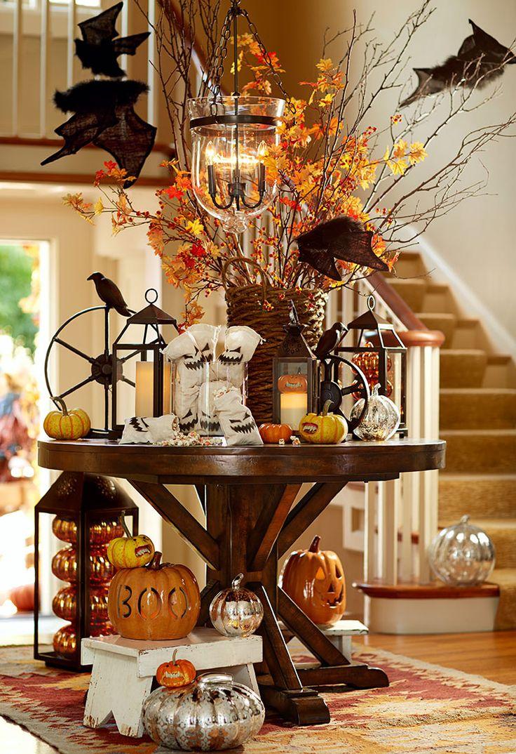 A spooky halloween entryway!