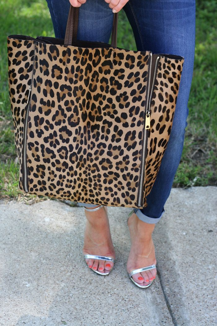 I normally do not care for leopard print, but this bag is cute, paired with jeans & black shirt, casual look.