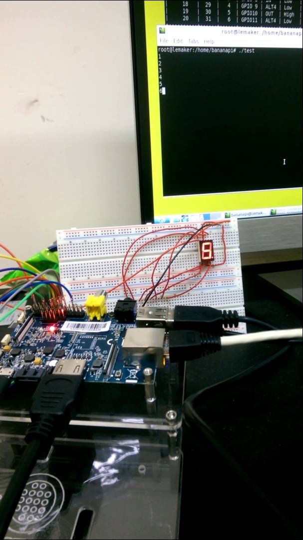 Banana Pi + Seven-segment display