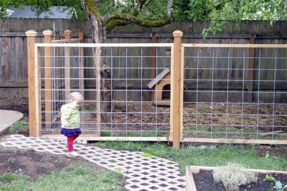 Okay, the dog run is cool (love the cattle wire idea!), but a lattice pathway? Sweet! Building a Dog Run | Dog-Friendly Landscaping | Landscaping Tips