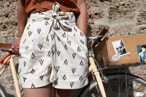 : Fashion Roupas Looks, High Waisted Shorts, Posts, Prints Shorts, Wear, Shorts Bik, High Waist Shorts, Belts, Ethnic Shorts