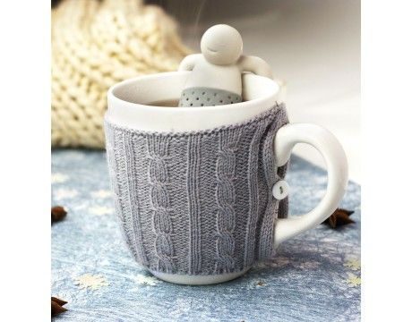 """Infuseur à thé """"Mr. Tea"""" Une bonne tasse de thé pour se détendre et se réchauffer un peu, ça vous tente ? Mr. Tea vous accompagnera dans ce moment agréable, tranquillement adossé à votre tasse."""