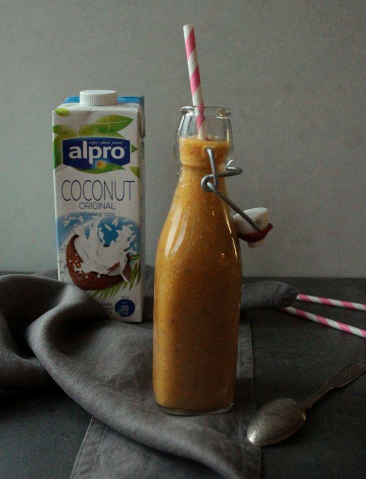 Mangovo-špenátové smoothie s chia semínky a goji
