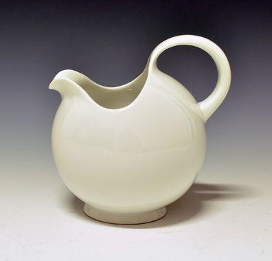 Jug by Nora Gulbrandsen for Porsgrund Porselen. Production 1927-30.