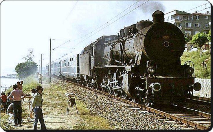 Ah 1970ler! Maltepe Sahil, tren ve #İstanbul  #istanlook #Maltepe #Sahil