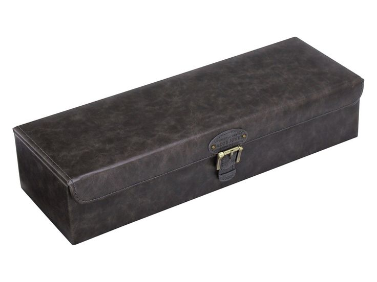 We Get Personal offers an amazing Grey Watch Storage Box by Jacob Jones. It has a check pattern inside and comes with engraving. #jacobjones #personalisedwatchbox #engravedwatchbox #watchbox