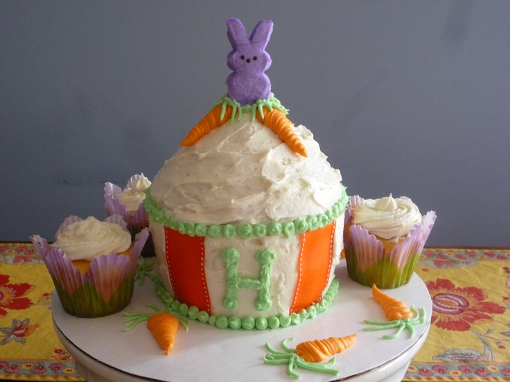 carrot cake I made for Hallee's 1st Birthday