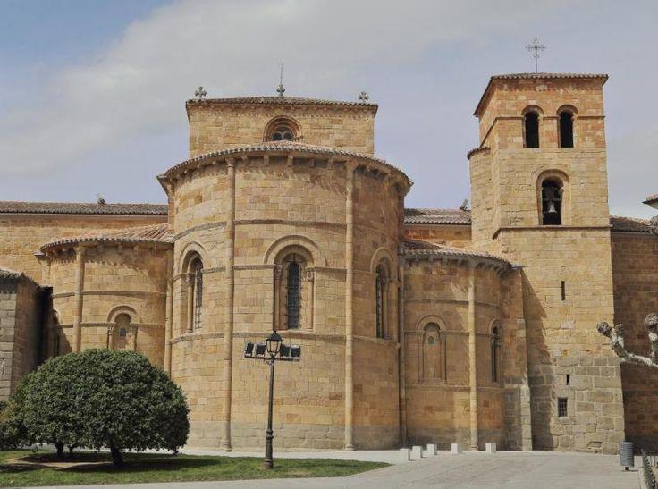 Ábsides de la iglesia de San Pedro - Románico de la ciudad de Ávila