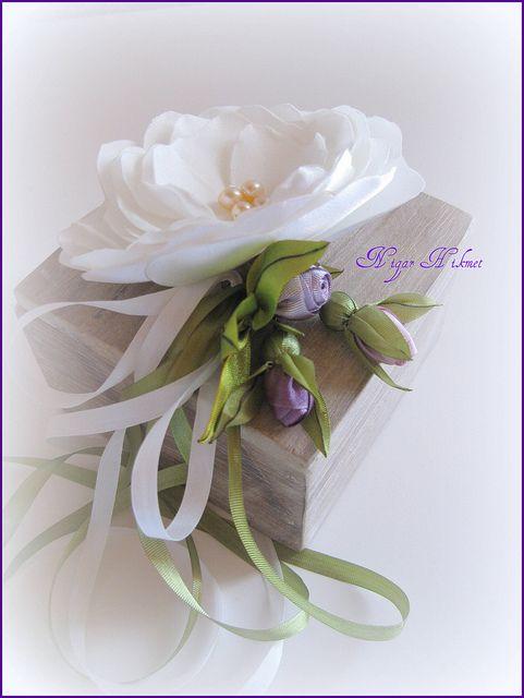 ribbon,söz mendili kutusu 2 by nigarhikmet, via Flickr