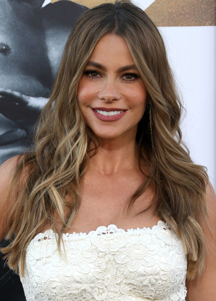 See Sofia Vergara Transform into Married with Children's Peggy Bundy from InStyle.com