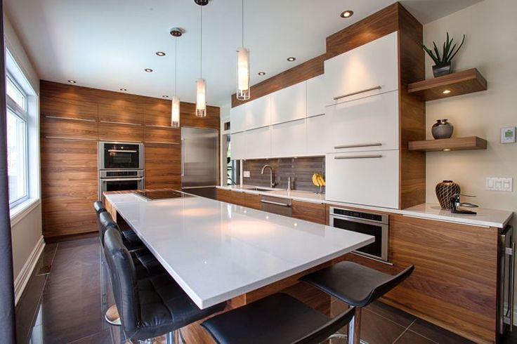 Inspirez-vous des dernières réalisations de cuisines, de salles de bain et de mobiliers de rangement sur mesure de MACUCINA.