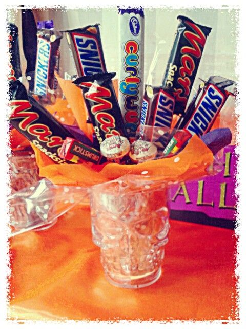 #Halloween #chocolate #lollipop #bouquet #skull #tankard #gift #party #trickortreat #candy #sweetcart #sweets #yummy #teen #scary #sweetngroovystuff #manchester www.facebook.com/sweetngroovystuff to order