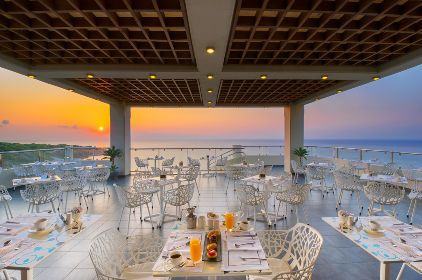 Senses Cafe - the rooftop lounge bar with unrivalled all around panoramic views of the area with the deep blue of the sea