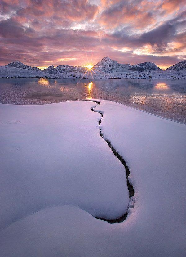 <3 winter sky <3  Cold and Alone, © Marc Adamus