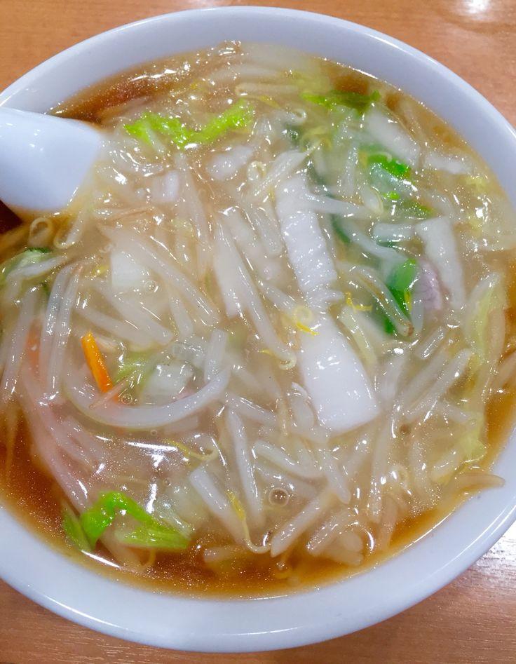 サンマー麺! ほんと、美味しいねぇ! 神奈川県を愛する麺だ。長く、県外不出状態だった。 サンマーでしょ発祥の店といわれる玉泉亭で。