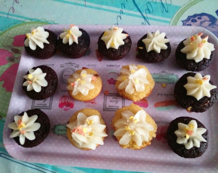 Mini cupcakes cioccolato e vaniglia