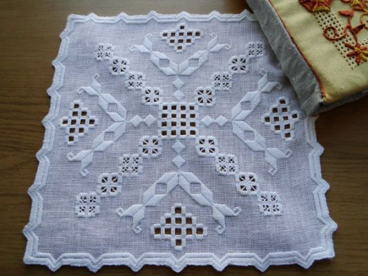 Hardanger Embroidery | Hardanger More