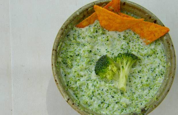 Sauce dips : brocomole (guacamole de brocoli)  Attention, utiliser du fromage frais! Pas du yaourt