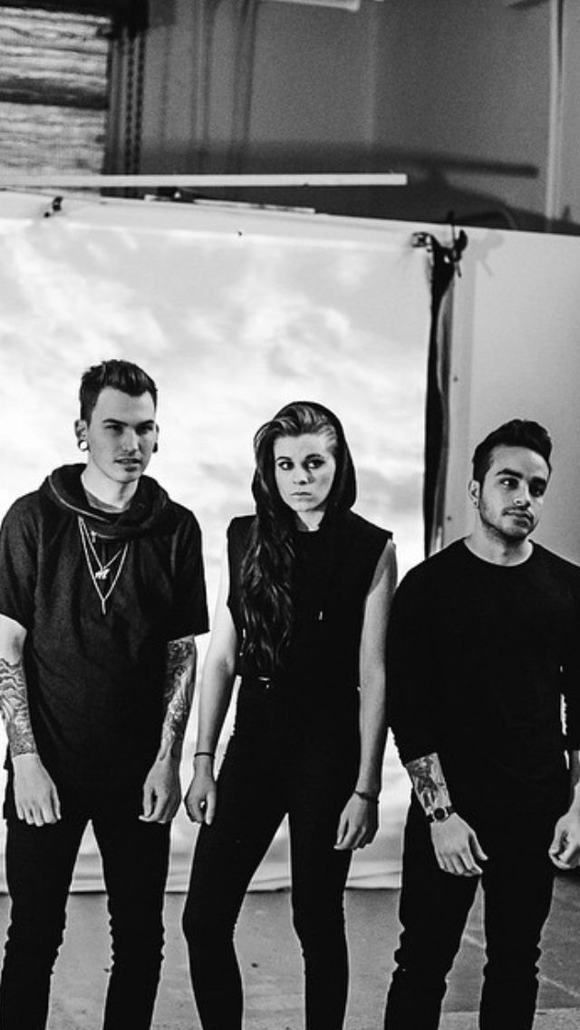 Pvris ALT POP ROCK (Best songs: My House, St Patrick) www.missmusicscout.blogspot.com