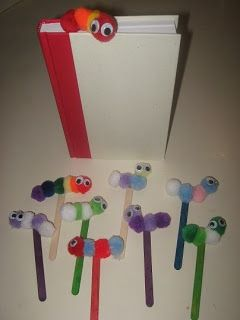Bookworm bookmark craft - pompoms, craft sticks, wiggly eyes (Ray-Chill's World)