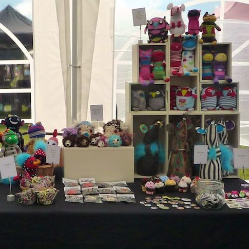 Handmade-Craft-Stall-Display-Oddsox