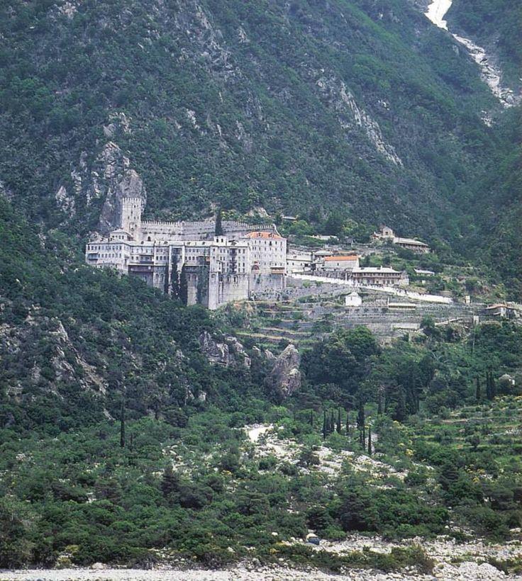 Ιερα Μονή Αγίου Παύλου. Εξωτερική άποψη - Holy Monastery of Agiou Pavlou (St Paul). External view.