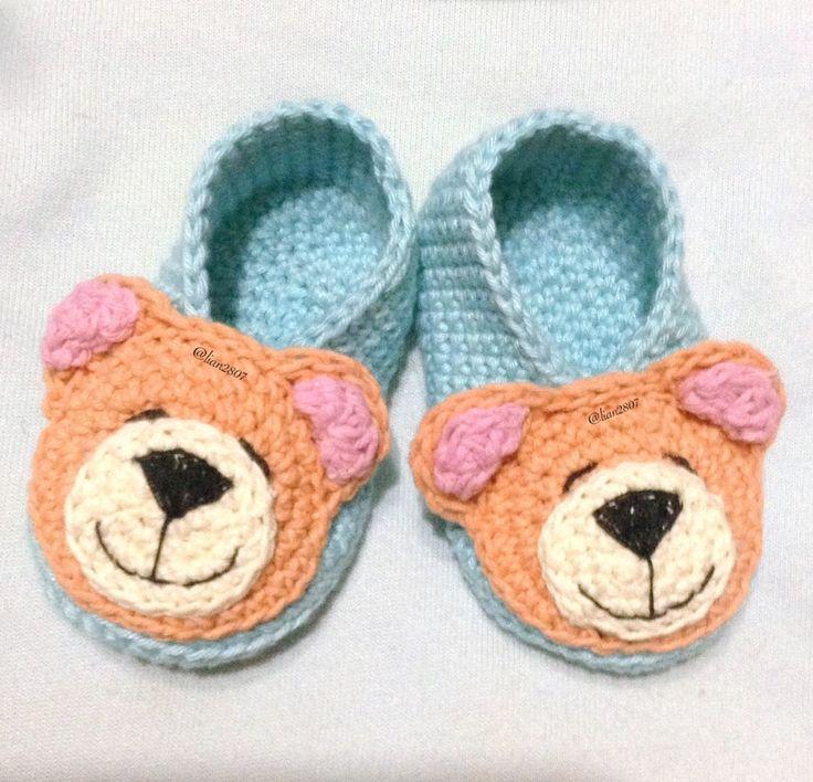 Teddy bear baby booties