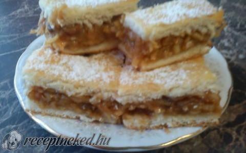 Kelt almás pite recept fotóval