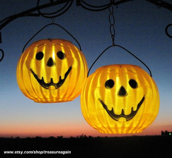 10 best pumpkin solar lights images on pinterest halloween prop halloween decorating ideas. Black Bedroom Furniture Sets. Home Design Ideas
