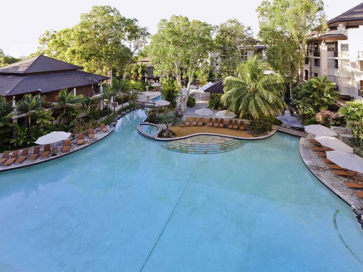 Pullman Palm Cove Sea Temple Resort and Spa - aerial view