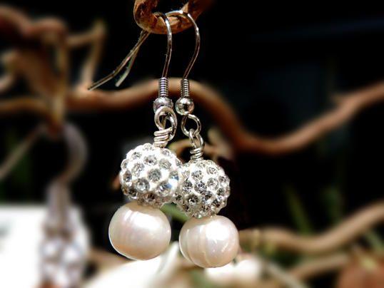 Ohrhaenger pearl