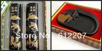 Inkstone и чернила палочки и китайский искусство и традиционный китайский живопись письмо