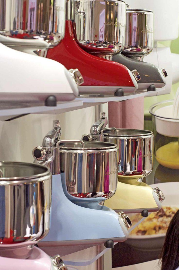 International home housewares show 2013 kitchenaid custom - Ankarsrum Swedish Super Mixers That Do Everything But The Dishes