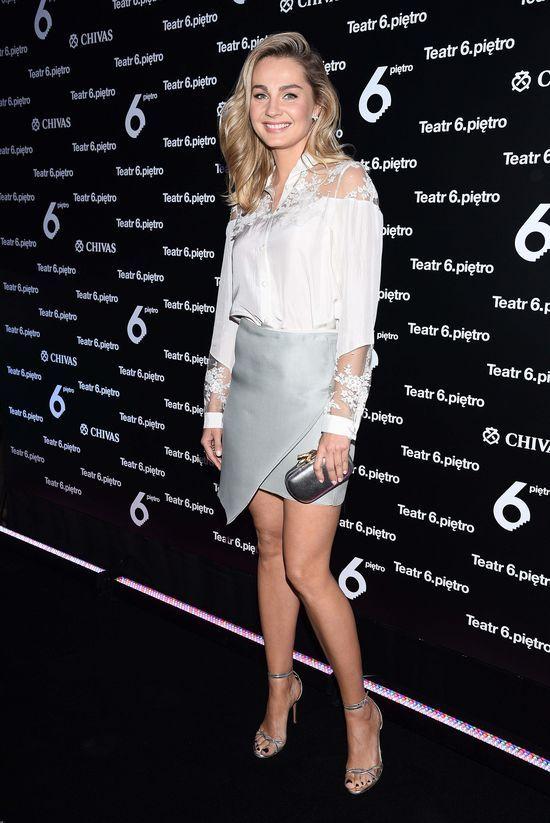 Małgorzata Socha pokazuje nogi w eleganckiej stylizacji (FOTO)