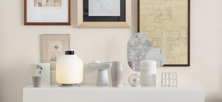 De Argentijnse designer Francisco Gomez Paz heeft een windlicht ontworpen waarmee, zonder stroom uit het stopcontact, een telefoon kan worden opgeladen. Voor meer informatie zie: